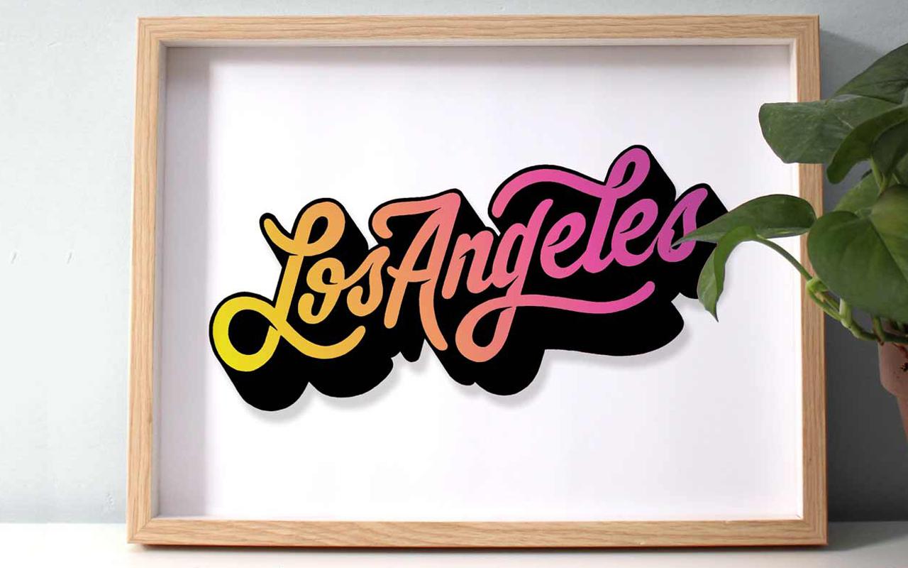 <span>LOS ANGELES</span><i>→</i>